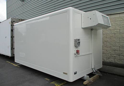 15' Paneltex fridge 3 rear doors Thermo King with 3 phase stand by, Polly floor
