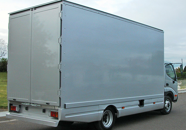5Mtr GRP with side skirts